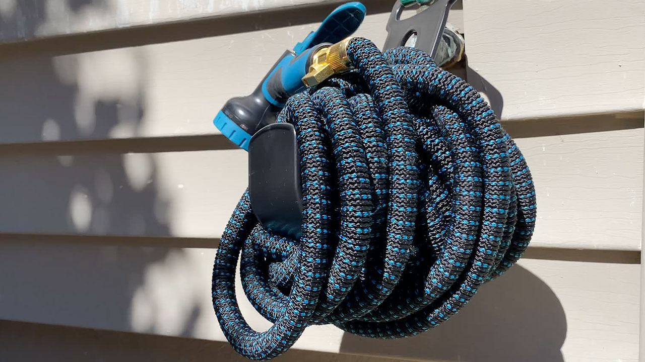 The Best Garden Hose You Will Ever Need. Doesn't tangle, and easy to store!